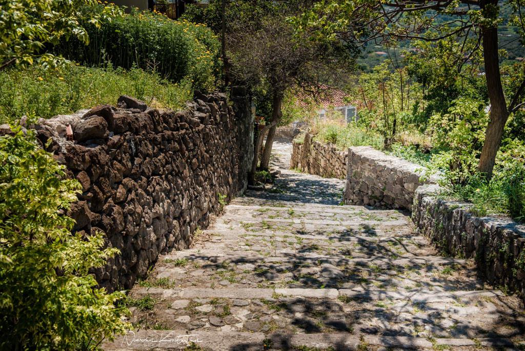 alleys of Molyvos passage